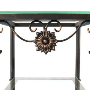 Detalle de los remates de una de nuestras mesas