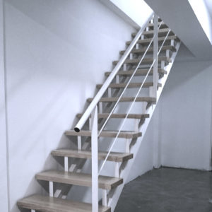 Escalera Minimalista instalada en el interior de una casa